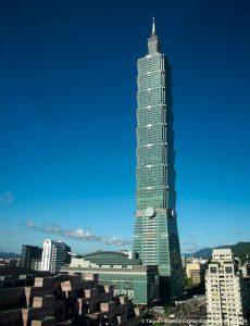 Shanghai towers lift